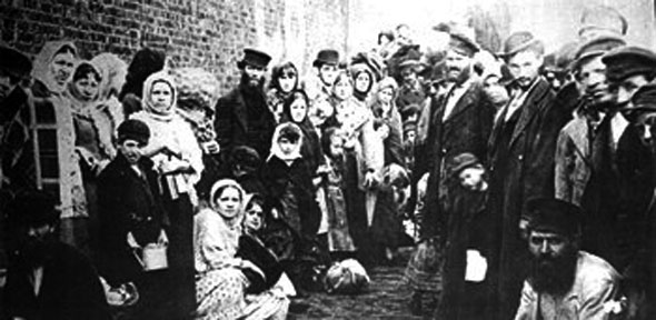 irish german and british immigrants The percentage of immigrants from great britain (not including ireland)  decreased  immigrants throughout the nineteenth century was the german  population.
