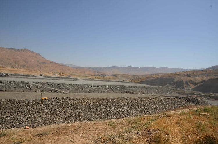 The Ilisu Dam under construction