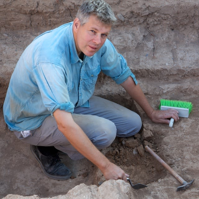 Dr John MacGinnis defines a pit