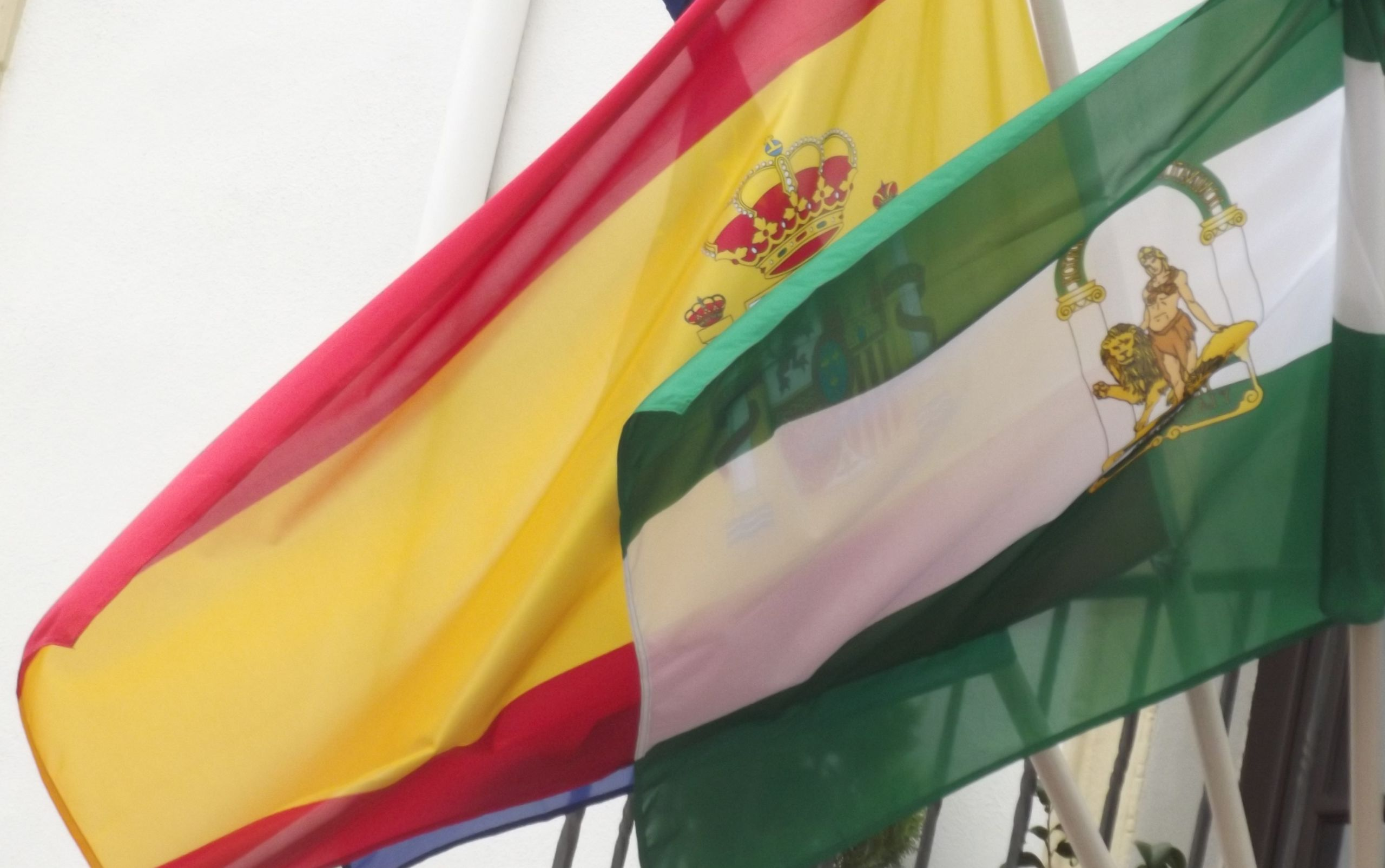 Spanish and Andalusian flags. Courtesy of Elliott Brown under a Creative Commons license.