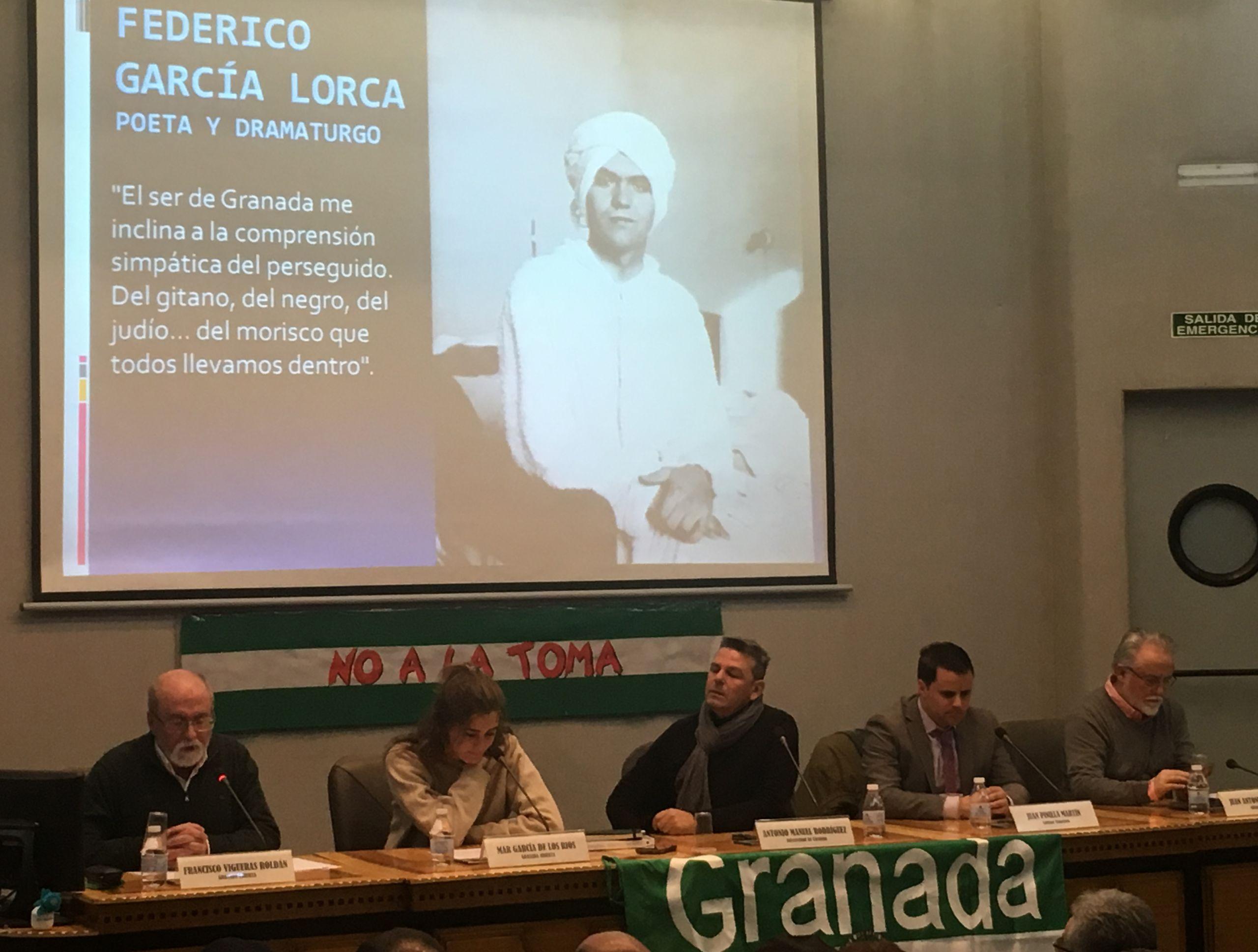 No a la Toma public meeting in Granada, 2019.