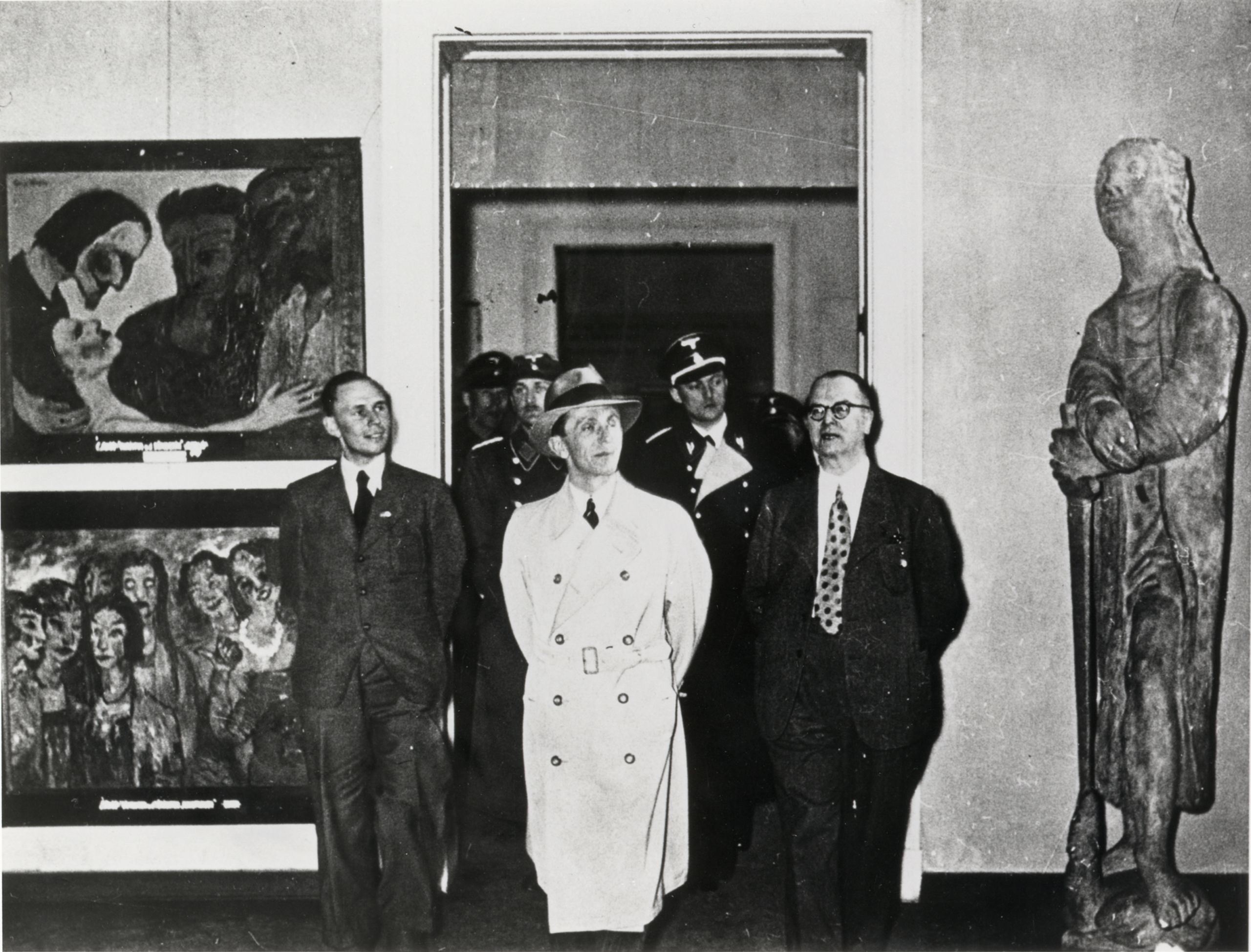 Joseph Goebbels at the 'Degenerate Art' exhibition in Munich, February 1938. Zentralarchiv der Staatlichen Museen zu Berlin / © Nolde Foundation Seebüll