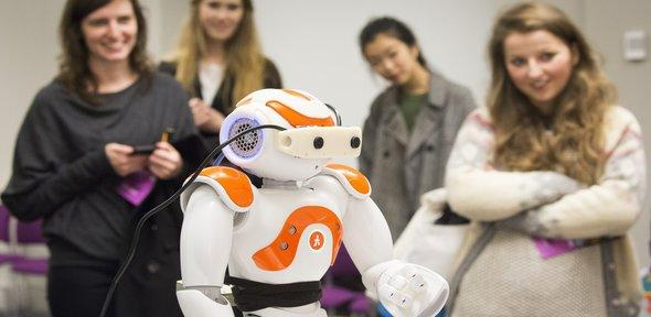 Live demonstration of Social Robotics in Wellcome Collections' Friday Late Spectacular - Body Language Event, 4 Nov. 2016 (19:00-23:00), Euston, London, UK