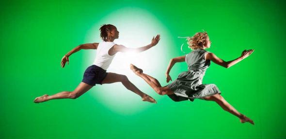 Mbulelo Ndabeni and Julia Gillespie dance in Seven for a Secret (Rambert Dance Company)