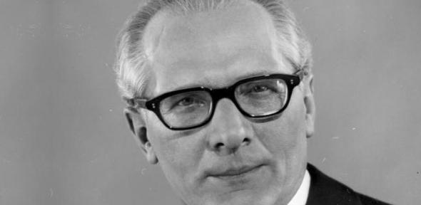 Erich Honecker, leader of the German Democratic Republic from 1971 until 1989. The film follows not only his demise as head of state, but the story of what happened next.