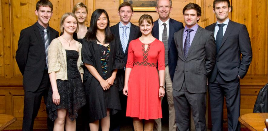 Andy Leonard, Vice President BP Cambridge, with some of the first BP supported Cambridge-MIT exchange students at the launch of the extension of the programme to non-Engineers from Cambridge University.