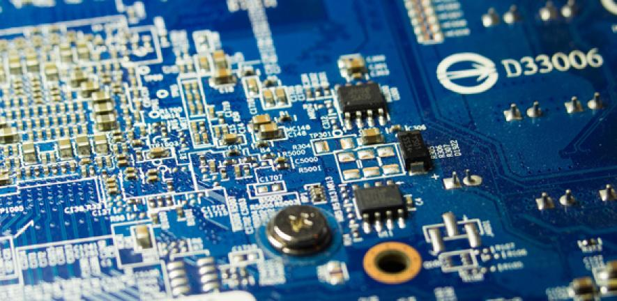Engineers design ultralow power transistors that could