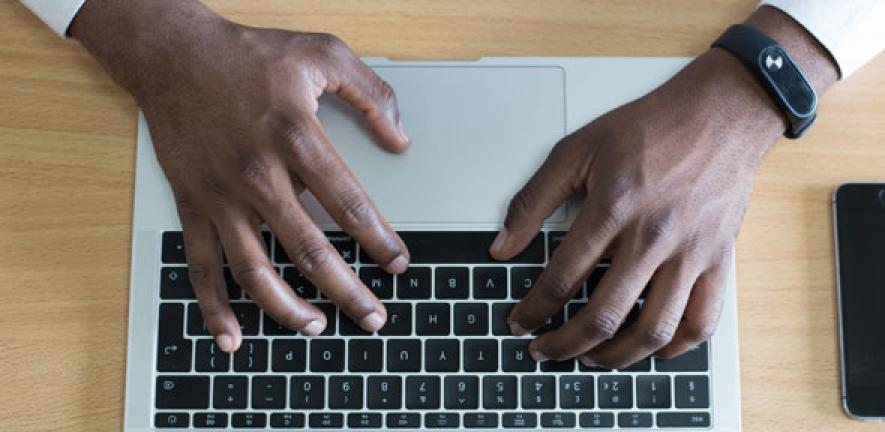 What makes a faster typist?   University of Cambridge