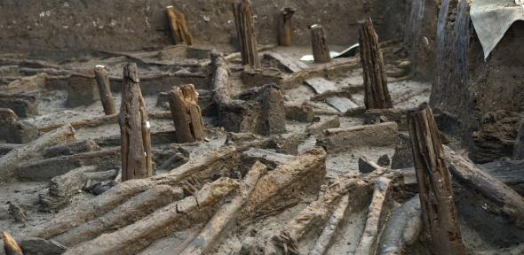 Bronze Age stilt houses unearthed in East Anglian Fens | University
